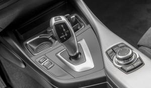 cambio-do-125i-modelo-2013-da-bmw-testado-pela-revista-quatro-rodas